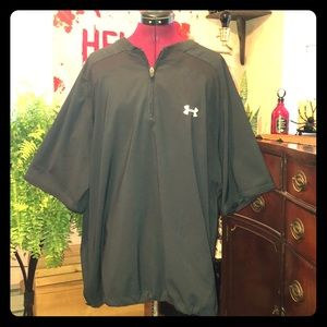 Mens Under Armour athletic shirt NWOT